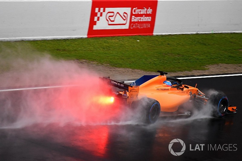 f1-barcelona-february-testing-2018-fernando-alonso-mclaren-mcl33-7696431.jpg